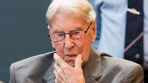 Beihilfe zum Mord an 170.000 Häftlingen: Auschwitz-Wachmann zu fünf Jahren Haft verurteilt