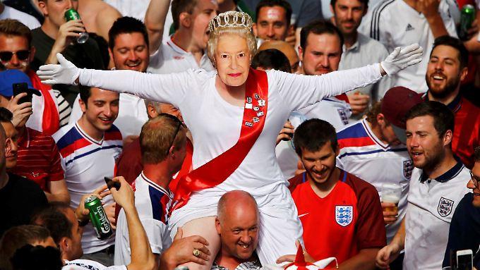 Die Briten lieben ihre Queen.