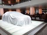 Auf dem Pariser Autosalon soll der Tesla-Gegner aus Stuttgart seine Weltpremiere feiern.
