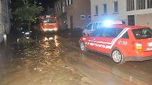 """""""Sieht verheerend aus im Stadtgebiet"""": Starkregen überflutet schwäbische Gemeinde"""