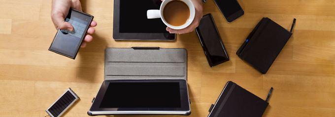 Werden Geräte zu mehr als 90 Prozent beruflich genutzt, können die Kosten dafür in voller Höhe von der Steuer abgesetzt werden.