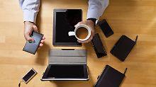Privat angeschaffte IT-Geräte: Smartphone & Co. von der Steuer absetzen
