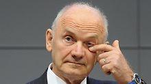 Ferdinand Piëch lässt die Hauptversammlung sausen.