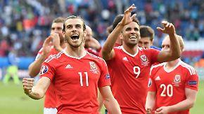 """Belgien spielt mit besonderem Trumpf: Wales will auch noch """"Diables Rouges"""" austanzen"""