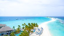 Ein bisschen Regen im Paradies: Malediven: Entspannung und Party nonstop