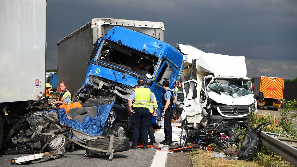 Aktuelle Autobahnunfälle
