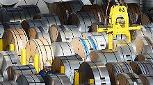Absprachen beim Stahleinkauf?: Kartellamt ermittelt gegen Daimler und VW