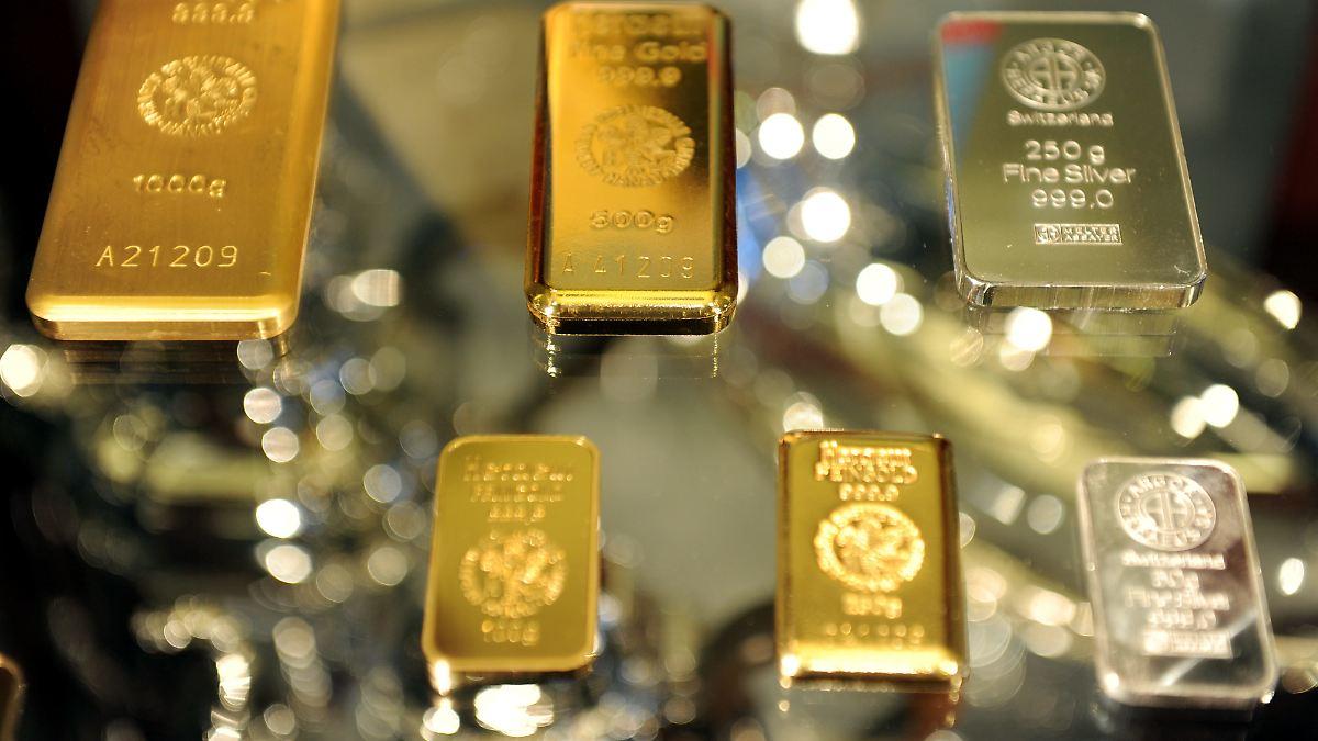 Risiken sprechen wiederum für Gold. Während der steigende Dollar den Goldpreis belastet, ignorieren die Investoren zahlreiche Risiken für die Weltwirtschaft und den US-Aktienmarkt, die für.
