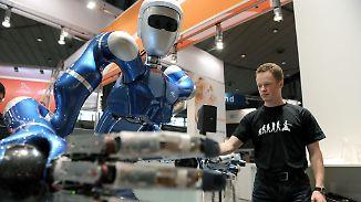"""Humanoider Roboter vom DLR: """"Rollin Justin"""" hilft in Haushalt und Weltraum"""