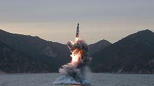 Nukleare Bedrohung aus Nordkorea: Bericht: Kim kann zehn Atombomben bauen