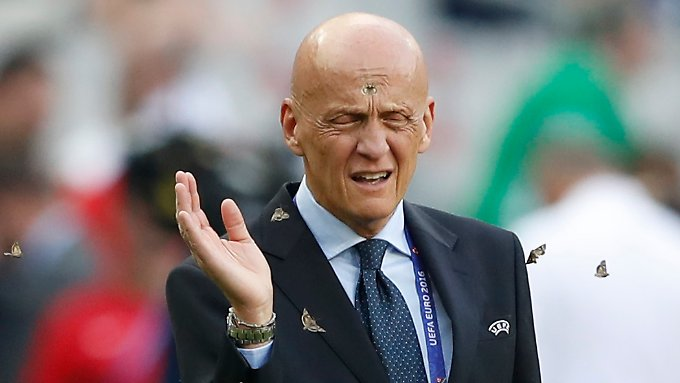 Auch vor Uefa-Schiedsrichterboss Pierluigi Collina machten die Falter nicht halt.
