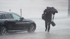 Hagel, Wassermassen und Sturm: Unwetter wüten über Bayern und Sachsen
