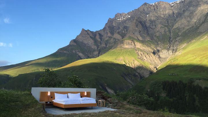 """Das """"Himmelbett"""" steht im Schweizer Safiental."""