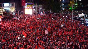 Auch in Ankara gingen waren Tausende Demonstranten auf der Straße.