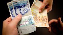 14 Jahre nach Euro-Einführung: Deutsche horten D-Mark im Milliardenwert