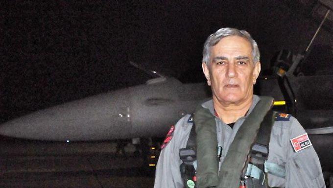 Vier-Sterne-General Akin Öztürk auf einem Archivbild vom November 2014.