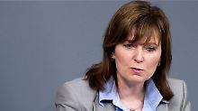"""Ich brauche dringend Ruhe"": Petra Hinz legt Mandat nieder"