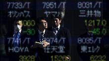 Japan macht Börsianer wuschig: Anleger warten auf das Helikoptergeld