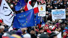"""""""Bedenken nicht ausgeräumt"""": EU droht Polen mit Sanktionen"""