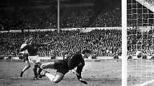 Uwe Seeler erinnert sich an Wembley: Das Tor, das keines sein durfte