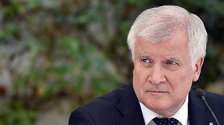 """Kein Verständnis für """"Wir schaffen das"""": Seehofer geht auf Distanz zu Merkel"""