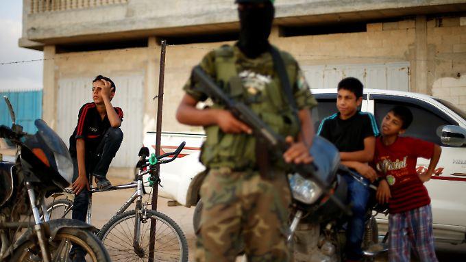 Die Gelder sollen in militärische Projekte der Terrororganisation geflossen sein.