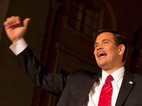 Der Tea-Party-Republikaner Marco Rubio feiert seinen Sieg in Florida.