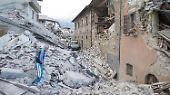 Amatrice ist zur Hälfte zerstört: Erdbeben reißt Italien aus dem Schlaf