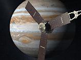 Raumsonde fotografiert Jupiter: Juno überfliegt Großen Roten Fleck