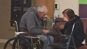 Keine zwei Plätze im Pflegeheim: Seniorenpaar muss sich nach 62 Jahren Ehe trennen