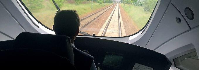 Hunderttausende Überstunden: Bahn will 1200 Lokführer einstellen