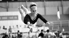 Vera Caslavska ist tot: Turnkönigin, Klassenkämpferin, Vorbild