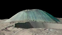 Ahuna Mons ist 4 Kilometer hoch und 17 Kilometer breit.