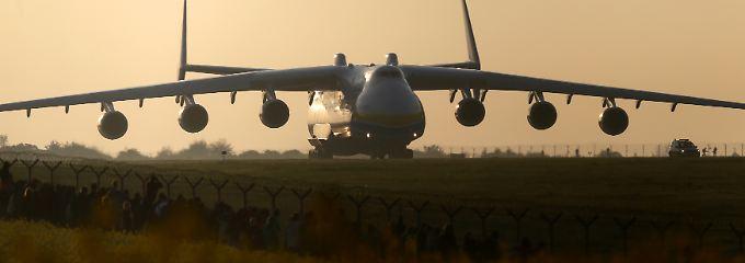 Und das ist die legendäre Antonow An-225.