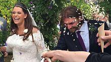 Zwei Beerdigungen, drei Hochzeiten: Fifi Geldorf heiratet in Familienkirche