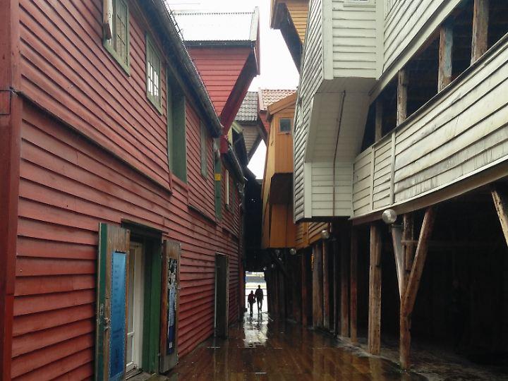 Bryggen hat auch bei Regen seinen Charme.
