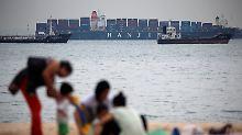 Waren warten auf hoher See: Hanjin-Pleite bedroht Weihnachtsgeschäft