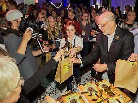 """Große """"Lesenacht"""" im Carlsen Verlag in Hamburg: Zur Präsentation der deutschsprachigen Ausgabe waren dort 200 Gäste geladen."""