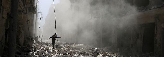 Bombenhagel in Aleppo: Westen warnt Moskau