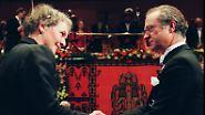Die Entwicklungsbiologin ist zudem die erste deutsche Preisträgerin.