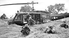 US-Soldaten am Dong-Dai-Fluss im Herbst 1965: Die letzten US-Truppen sollten Vietnam erst zehn Jahre später verlassen.