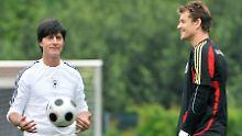Bundestrainer Joachim Löw und Torwart Jens Lehmann haben bis 2008 gemeinsam im DFB-Team gearbeitet.