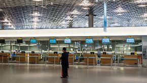 Konzern lenkt im Mitarbeiter-Streit ein: Tuifly will ab Sonntag wieder fliegen