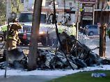 FBI untersucht Absturz: Kleinflugzeug prallt gegen Strommast