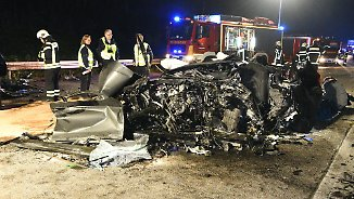 Geisterfahrer im Ruhrgebiet: Drei Menschen sterben bei Frontalcrash auf der A43