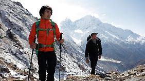 David Lama und Conrad Anker sind unterwegs in Nepal.