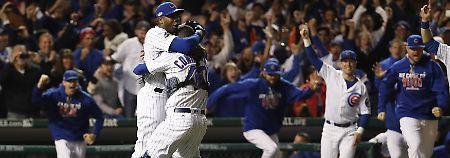 Nach dem Sieg über die Los Angeles Dodgers herrscht bei den Chicago Cubs grenzenloser Jubel.