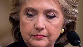 Ärger mit E-Mails: Clinton gerät im Wahlkampfendspurt in die Defensive