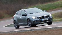 Lange wird es den kompakten Schweden in dieser Form nicht mehr geben. Mit Rabatten eine gute Zeit einen Volvo V40 preiswert zu erstehen.