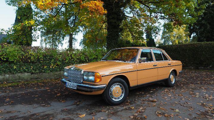 Ein 78er 280 E in der seltenen Farbe Cayenne Orange dürfte so schnell kein zweites Mal zu finden sein.